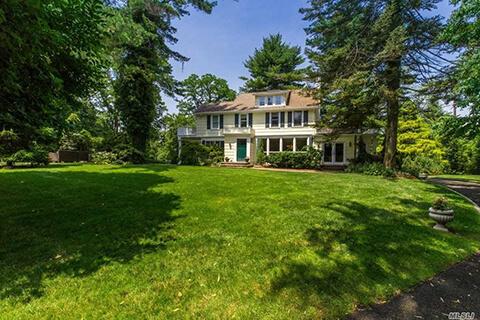 Roslyn Estates House Property